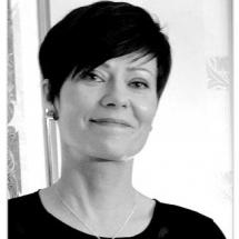 Päivi Vuoriaro, translator, copywriter